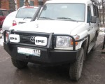 Передний силовой бампер на Toyota Land Cruiser 78